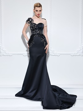 Graceful Short Sleeves Appliques Beading Trumpet Evening Dress