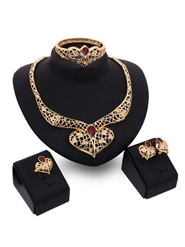 Graceful Hollow Women Jewelry Set