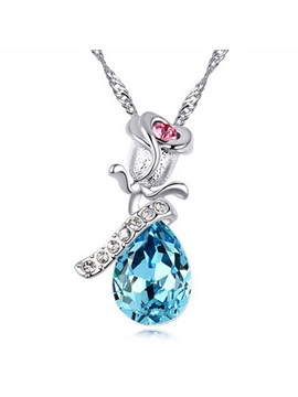 Beautiful Crystal Pendant Women Necklace