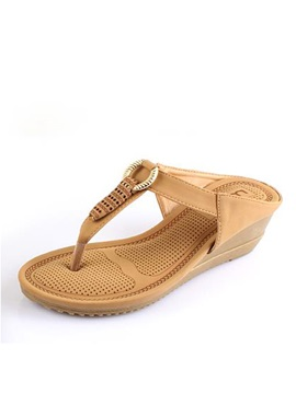 Cozy Pu Thong Beach Sandals