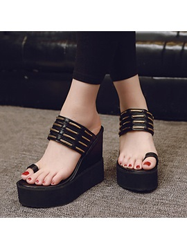 Black Pu Ring Toe Wedge Sandals