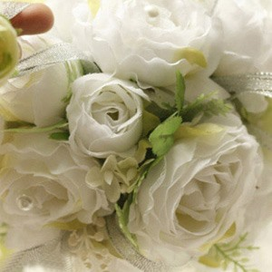 Fresh White Silk Cloth Wedding Bouquet For Bride