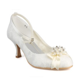 Elegant Upper Mid Heel Pumps With Pearls Bridal Shoes
