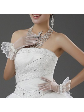 Fantastic Short Floral Edge Wedding Gloves