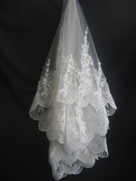 Tidebuy Fingertip Style Wedding Veils With Lace Applique Edge