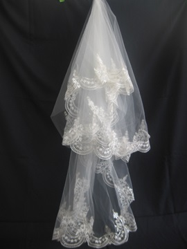 3 Layer Fingertip Wedding Veil With Applique Edge