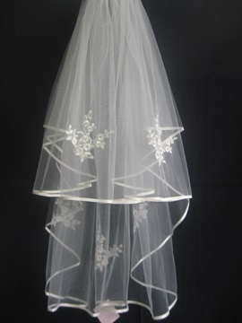 Marvelous Elbow Wedding Bridal Veil With Ribbon Edge