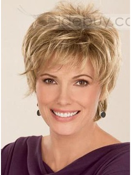 Graceful Celebrity Hairstyle Short Wavy Perfect Wig About 4 Inches