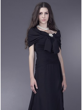 Short Sleeve Black Shawl With Big Bowknot
