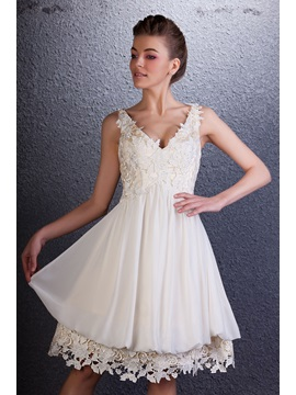 Dramatic V Neck Sleeveless Lace A Line Knee Length Homecoming Dress