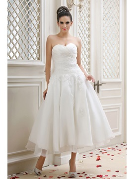 Gorgeous Sweetheart A Line Appliques Tea Length Talines Wedding Dress
