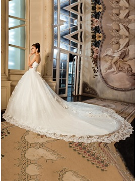 Amazing Strapless Ball Gown Sequins Appliques Bowknot Floor Length Wedding Dress