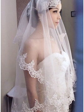 Fabulous Waltz Length White Tulle Wedding Veil