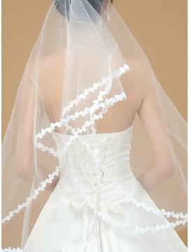 Sumptuous Waltz Length White Tulle Wedding Veil