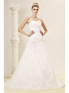 Elegant Trumpet Mermaid Sweetheart Chapel Sequins Lace Dashas Bridal Gown