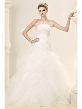 Gorgeous Strapless Sleeveless Ruffles Wedding Dress