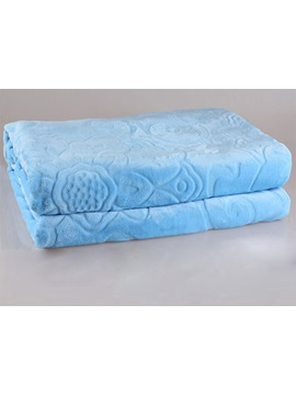 Bright Blue Flannel Sheet With Stereo Pattern