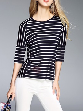 Chic Stripe Mid-Length Sleeve T-Shirt