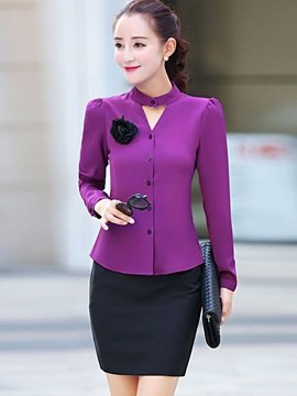 Stylish Solid Color Brooch Decorated Slim Shirt