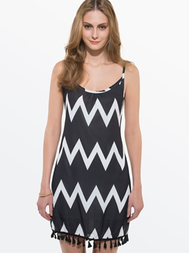 Backless Spaghetti Strap Wave Print Dress