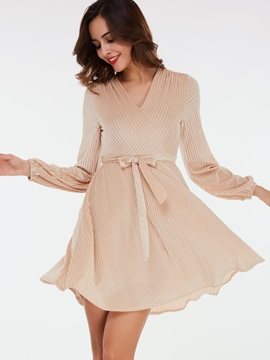 Solid Color Expansion Lace-Up Day Dress