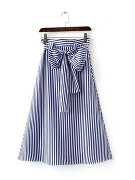 Stripe Mid-Waist Expansion Skirt with Bowknot
