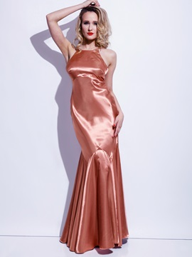 Sexy Solid Color Backless Maxi Dress