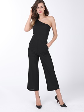 Chic Black One-Shoulder Slim Waist Jumpsuit