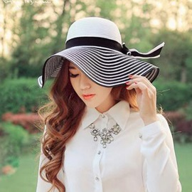 Big Stripe with Bowknot Hat