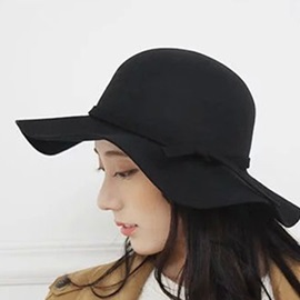 Pure Color with Belt Decorated Women's Hat