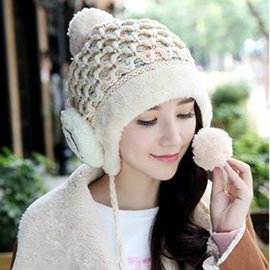 Splendid Smile Face Design Women's Knitted Hat
