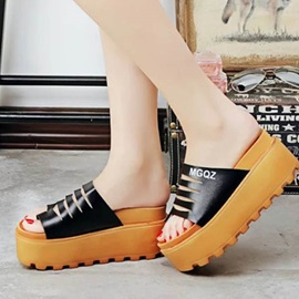 Letters Printed Ring-Toe Wedge Sandals
