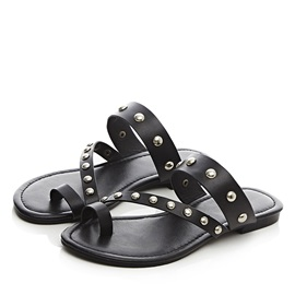 Black Studded Ring-Toe Flat Sandals