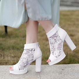 Lace Patchwork Peep-Toe Chunky Heel Sandals