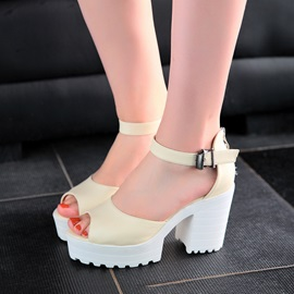 PU Peep-Toe Lug Sole Chunky Heel Sandals