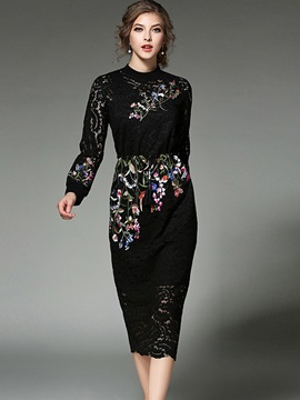 Round Neck Long Sleeve Knee Length Day Dress