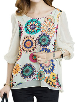 Splendid Geometric Pattern Printed Blouse