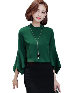 Chic Flare Sleeve Loose Blouse