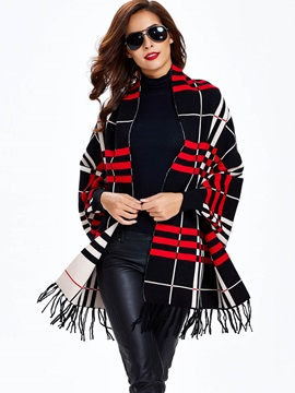 Stylish Check Jacquard Knitted Cape