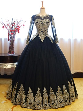 Vintage Scoop Ball Gown Long Sleeves Appliques Floor-Length Quinceanera Dress