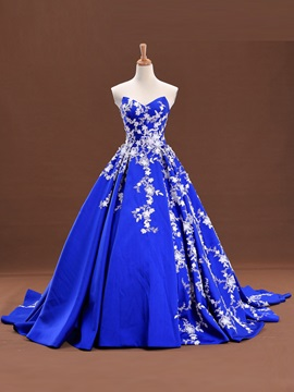 Unique Sweetheart Ball Gown Appliques Court Train Lace-Up Quinceanera Dress