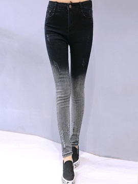 Slimming Gradient Hole Designed Jean