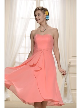 Enchanting Pleats Sweetheart Neckline Knee-Length A-Line Bridesmaid Dress