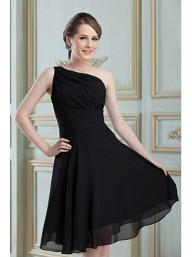 Knee-length A-Line Black Chiffon Ruched One Shoulder Bridesmaid Dress & inexpensive Hot Sale Wedding Apparel
