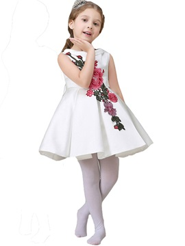 Honorable Floral Embroidery Appliques Pleated Girls' Dress