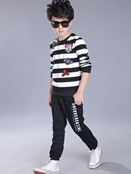 Colored Stripe Loose-Fit Boy's Sports Outfit