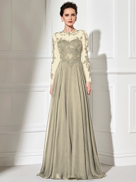 Hot Scoop A-Line Long Sleeves Appliques Court Train Evening Dress
