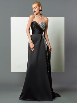 Elegant A-Line Sweetheart Beading Sequins Court Train Evening Dress