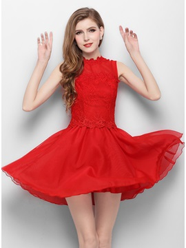 Jewel Neck Lace A-Line Short Red Homecoming Dress