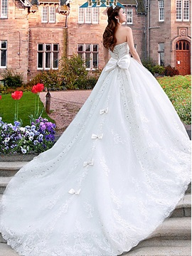 Luxurious Sweetheart Cathedral A-Line Train Lace Bowknot Wedding Dress & Faster Shipping Sale under 300